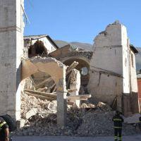 Terremoto Umbria, si potevano salvare le chiese? Almeno provarci... VIDEO