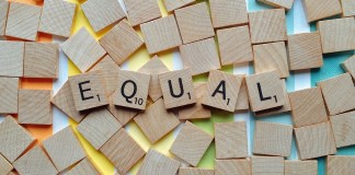 EY igualdad por personas LGBT+