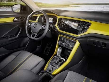 volkswagen-t-roc-interior-2