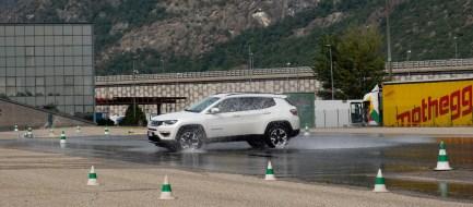 foto corsi guida sicura motoroasi (6)