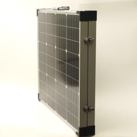 Salkkumallinen aurinkopaneeli