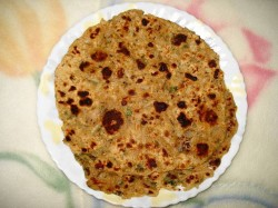 mooli paratha / daikon bread - India