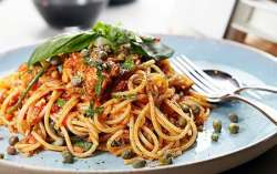 Spaghetti with Tuna, Chilli & Capers