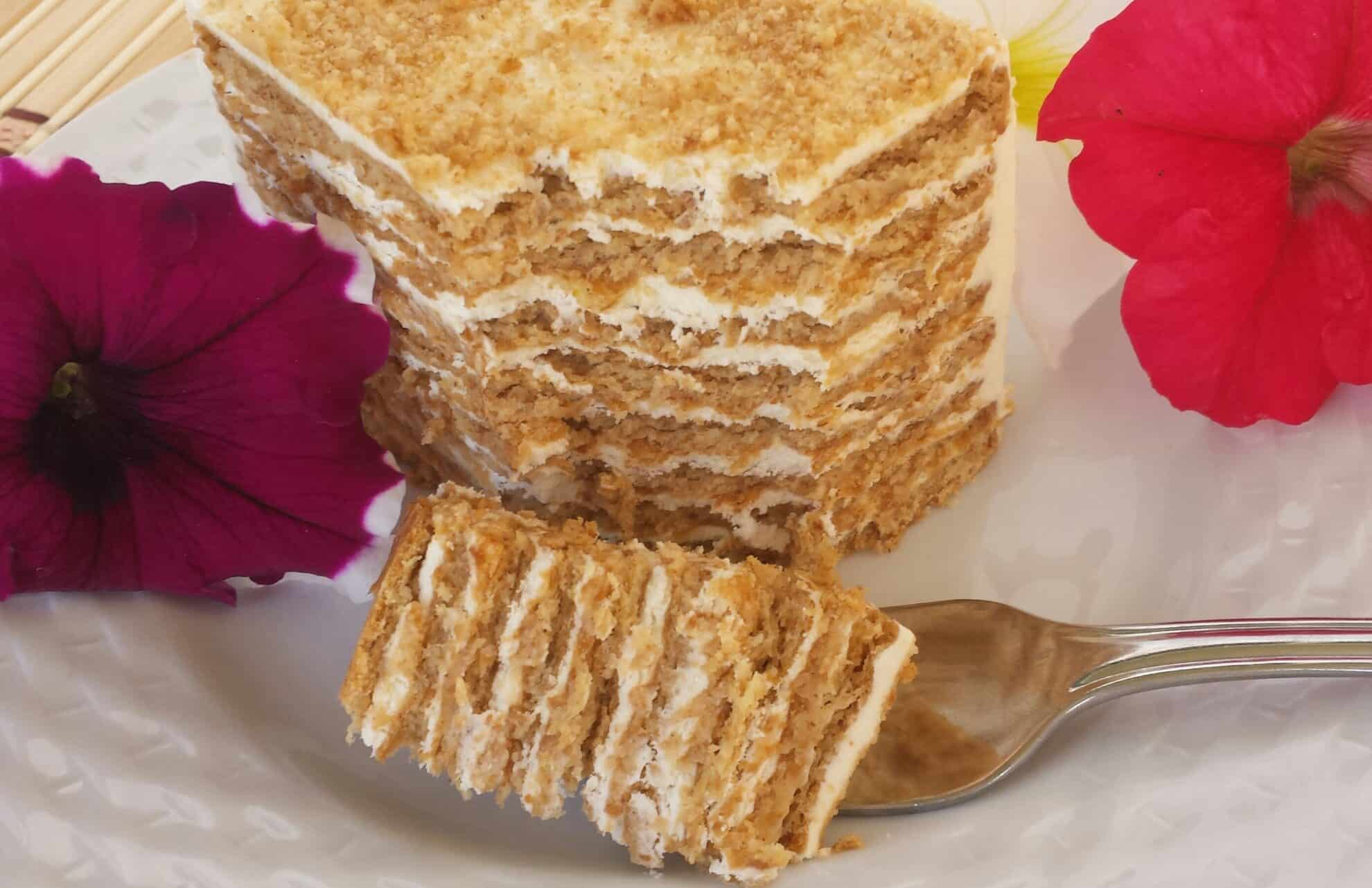 No Bake Honey Graham Cracker Cake