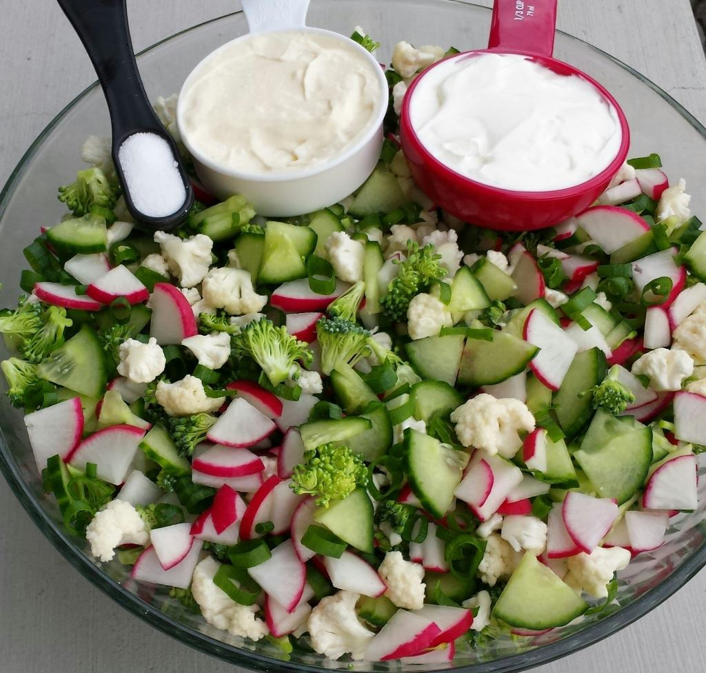 Cucumber/Coliflower/Redish/Brocholi Salad Recipe