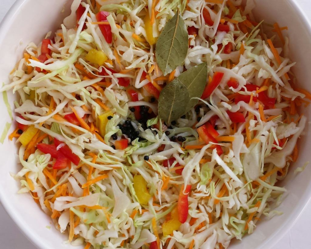Cabbage-Carrots-Peppers Salad + Giveaway