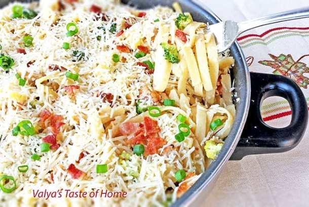 Fettuccine Chicken Alfredo with Broccoli