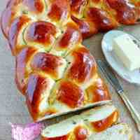 Sweet Braided Easter Bread with Raisins