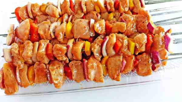 BBQ Chicken and Vegetables Kabobs