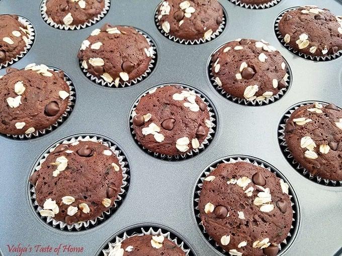 Honey Chocolate Zucchini Muffins