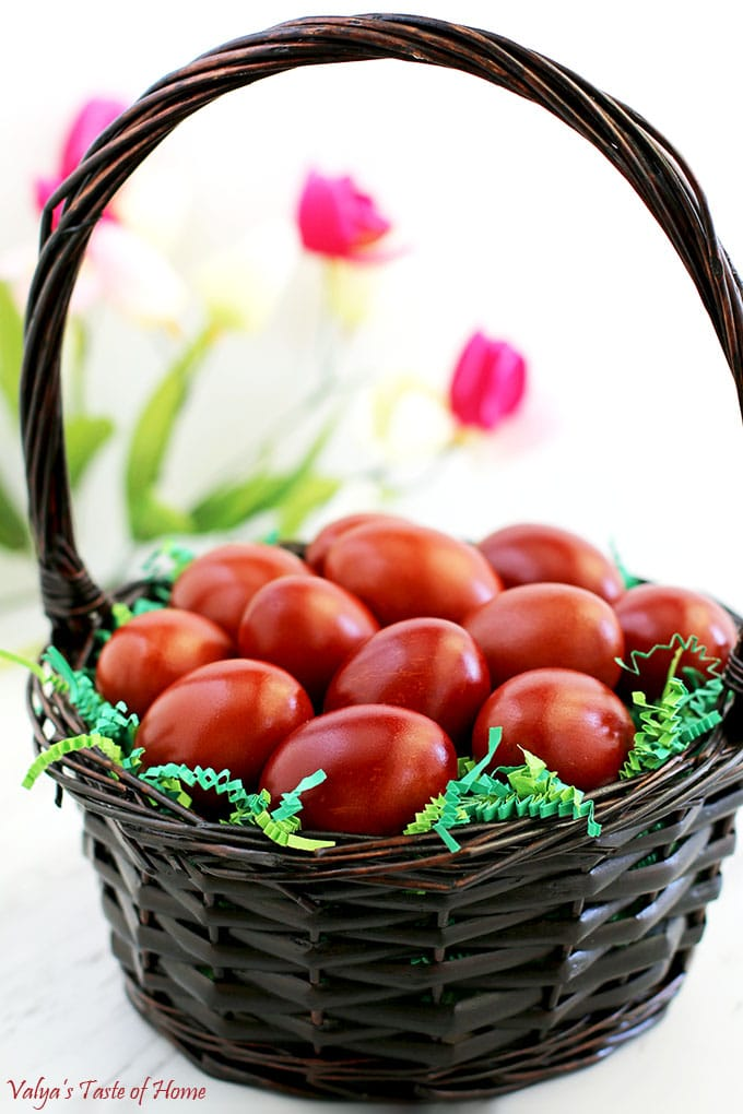 Naturally Dyed Easter Eggs with Onion Skins