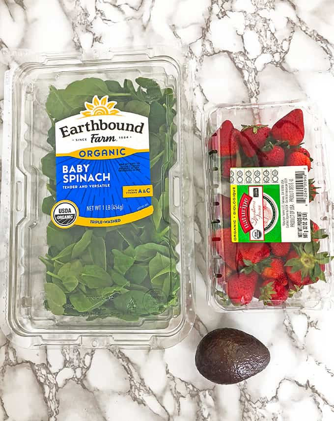 delicious, Healthy Avocado Spinach and Strawberry Smoothie, healthy diet, healthy eating, kid friendly, meal replacement drink, organic avocado, organic chia seeds, organic greek yogurt, organic maple syrup, organic spinach, organic strawberries, vanilla almond milk