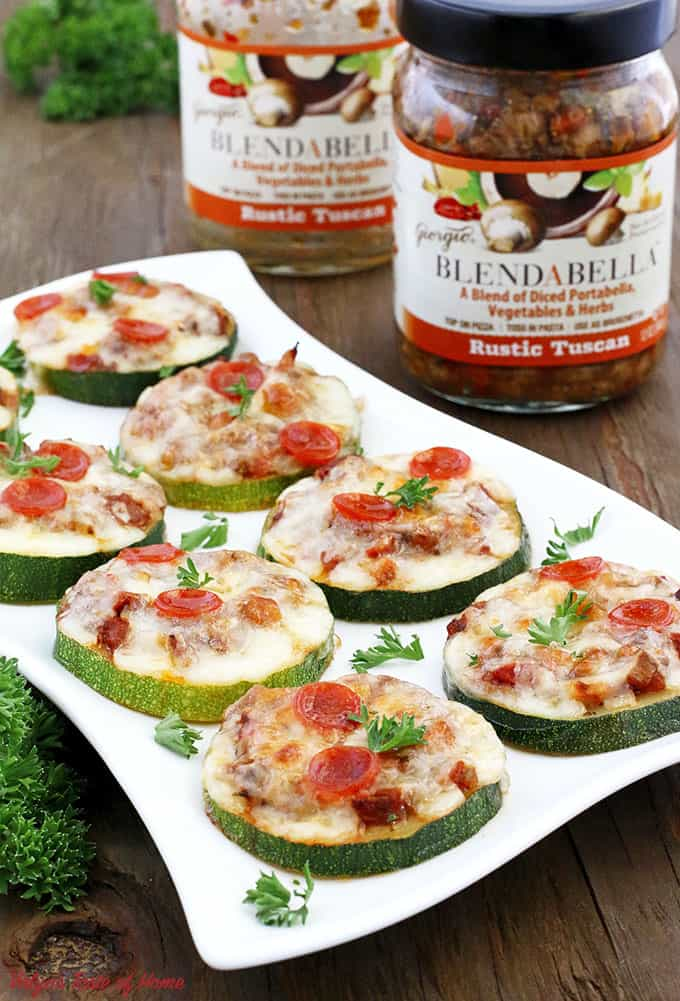 baked zucchini mini pizzas, BLENDABELLA, clean eating, delicious appetizers, easy recipe, flavorful appetizers, gluten-free recipe, healthy appetizers, homegrown zucchini, kid friendly, mushroom vegetable pizza sauce, Portabella mushroom, rustictuscan, zucchini recipe