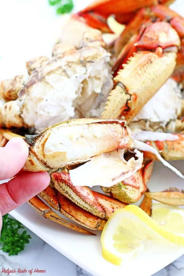 In this post, you will learn How to Cook Wild-Caught Crab Legs. Crab legs are one of the easiest delicacies you can make at home. Skip the expensive restaurant and enjoy this treat in the comfort of your home.