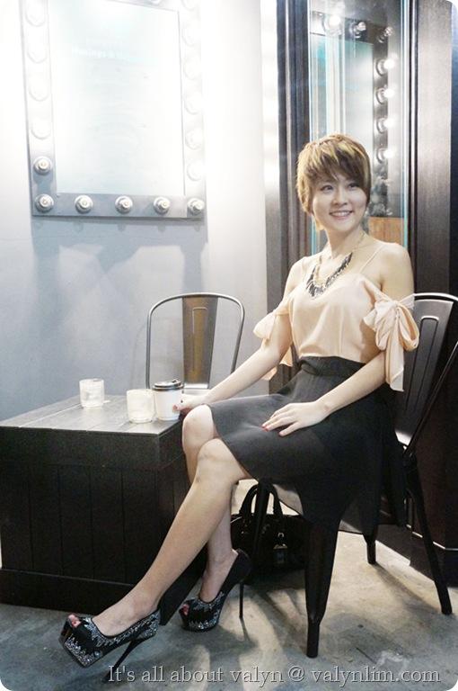 黑裸色露肩雪纺纱裙
