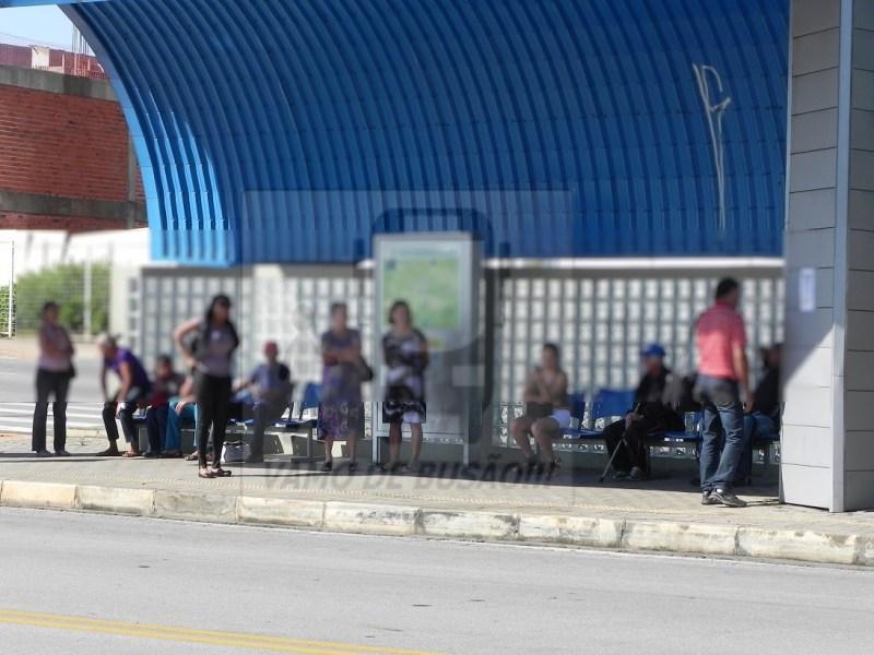 DIA DA GREVE 1024x768 - Greve de ônibus - Prejuízo e transtornos aos usuários das cidades brasileiras
