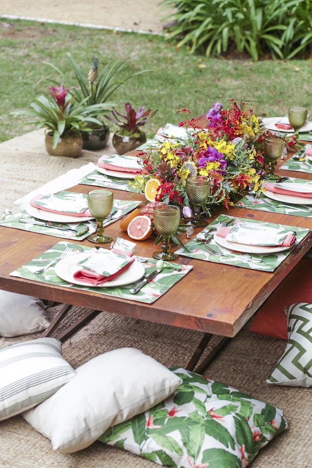 almofadas para brunch no jardim