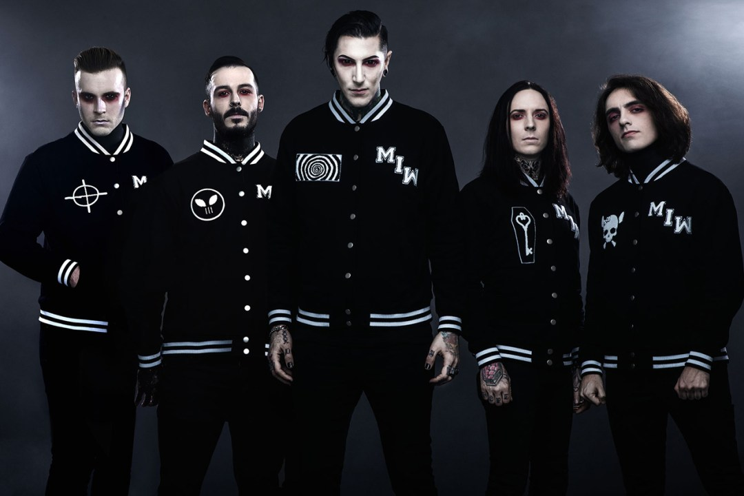 Motionless in white evidenza in Disguise