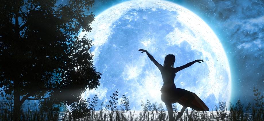 il ballo della luna blu evidenza