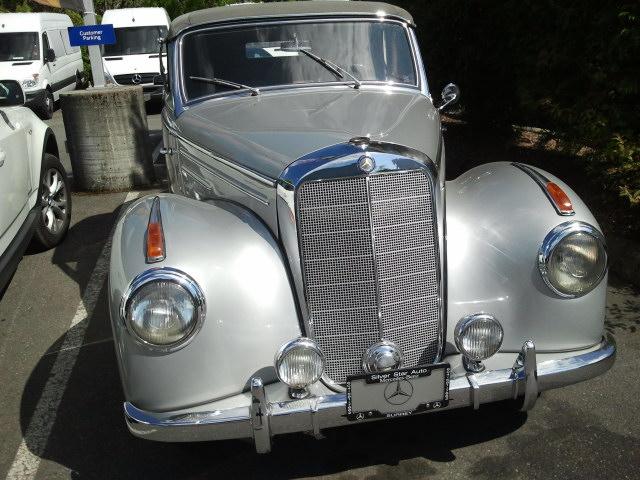 Vancouver Wedding Receptions - Benz Classic