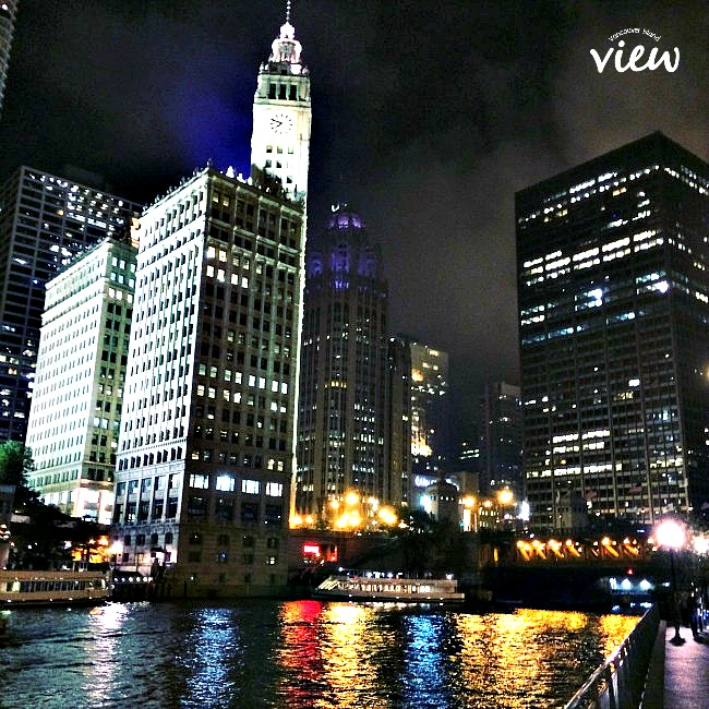 Chicago Riverwalk - Chicago is most definitely a place not to be missed. Here are some great tips on seeing the best of the best in the Windy City.