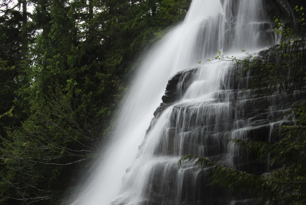 Della Falls - fascinating finds on Vancouver Island
