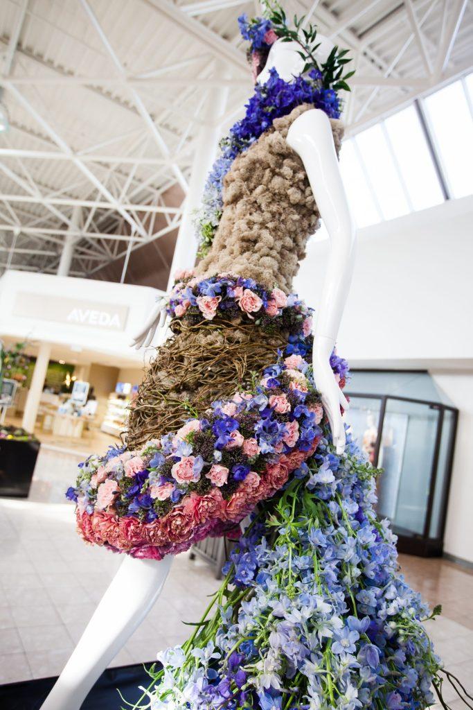 Fleurs de Villes - combining fashion and flowers in Victoria.