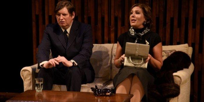 Barney (Paul Herbert) and Elaine Navazio (Irene Karas Loeper) in Last of the Red Hot Lovers