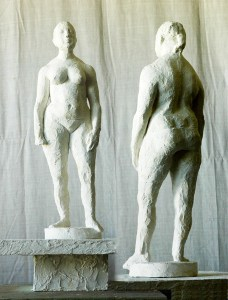 sculpture of standing female figure by Geemon Xin Meng