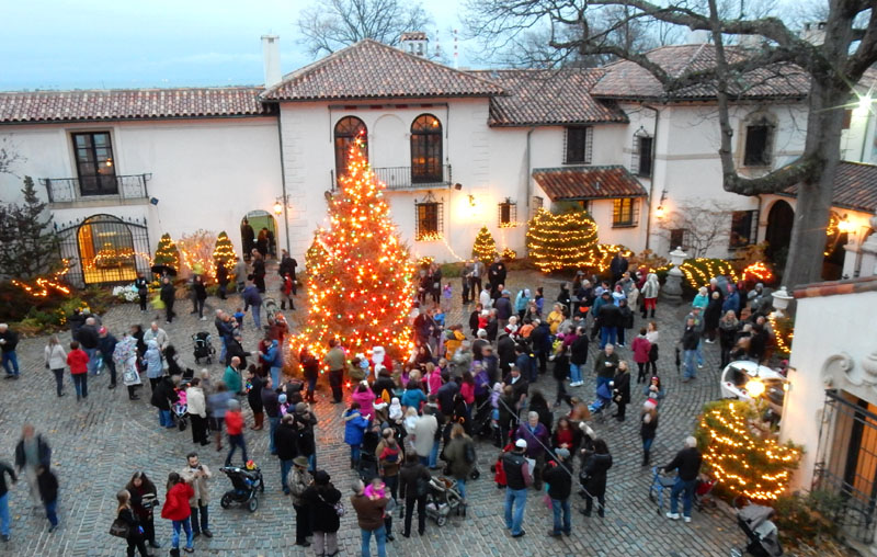 Tree lighting in the courtyard