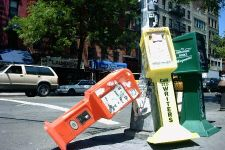Kranten Boxen in East Village