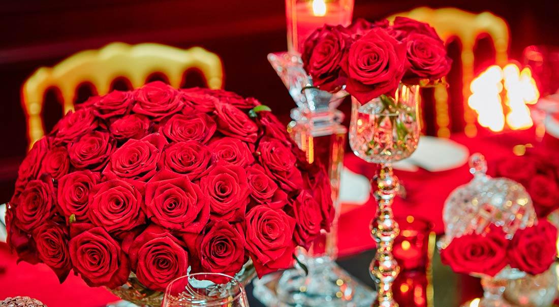 Table-set-for-wedding