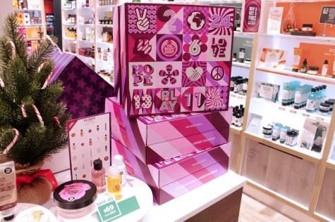 Body Shop Beauty Advent Calendar Stand