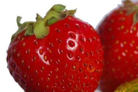 strawberry-macro