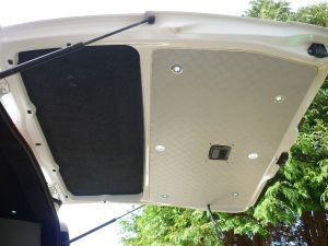 Vito MTB tailgate trimmed with LED lights