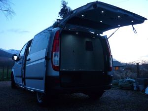 Vito MTB with rear garage lit