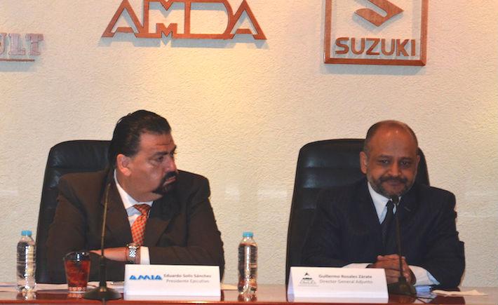 El presidente de la AMIA, Eduardo Solís, dijo que el mercado interno de autos tuvo una disminución en abril con respecto al mismo periodo del año pasado; la razón: el periodo vacacional de Semana Santa.  (Foto: AMIA).