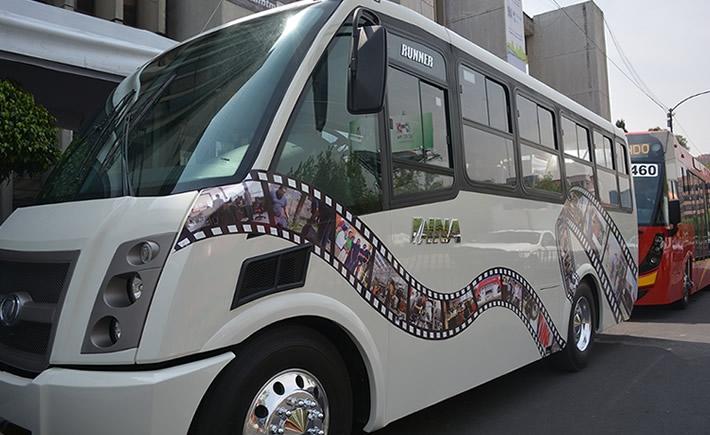 La unidad Dina Runner 9 cuenta con un diseño y tecnología de vanguardia; motor Cummins ISB 6.7, 33, asientos, letrero de ruta electrónico, iluminación interior y exterior en LED´s, etcétera). (Foto: VI).