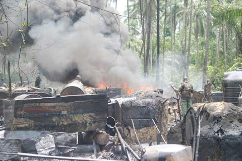 Military dismantles illegal refineries in Rivers, Delta
