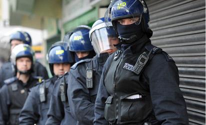 File: London Police