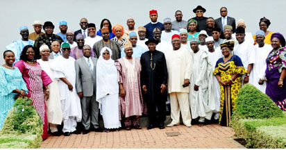 FILE: JONATHAN'S LAST FEC MEETING—President Goodluck Jonathan (8th L); Vice President Namadi Sambo (7th L); with Federal Executive Council, FEC, members after the valedictory council meeting at the Presidential Villa, Abuja, yesterday. Photo: NAN.