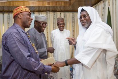Buhari, Fayemi, Amaechi with Emir of Kazaure, Najib Hussaini Adamu CON