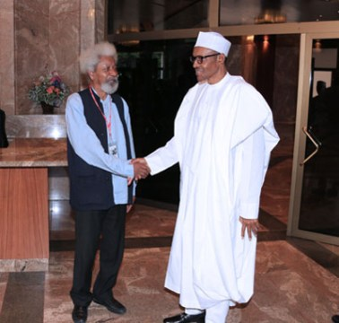 PRESIDENT BUHARI RECEIVES PROF SOYINKA 6. President Muhammadu Buhari bids farewell to the Noble Laureate, Playwriter and Poet, Prof Wole Soyika after his meeting with the President at the State House in Abuja. PHOTO; SUNDAY AGHAEZE. AUGUST 11 2016