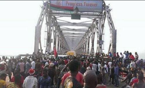COVID-19: Anambra, Delta hold talks to check movement on Niger Bridge