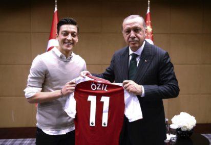 Erdogan calls Ozil, praises exit from German team 1