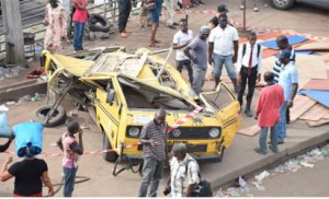 The commercial bus (Danfo), on which the woods fell, killing three.