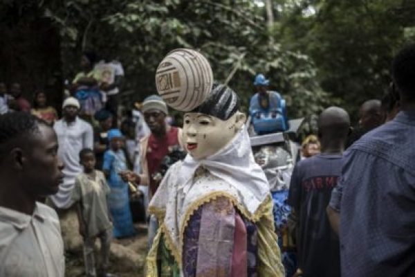 Osun Osogbo festival: Govt bans procession, allows only worshipers access to shrine