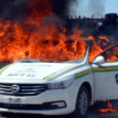 Police car burnt in Shi'ite protest; 400 arrested