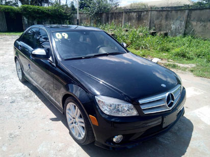 Victor AD pampered with new car by label amid breakup rumour
