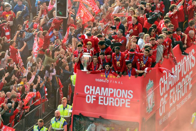 Liverpool11 3